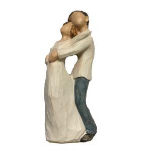 Figurina decorativa cuplu indragostiti Dreaming 15cm statueta rasina