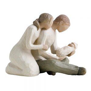 Figurina decorativa cuplu cu copil Family Touch 12cm statueta rasina