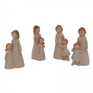 Set 4 statuete Mama cu copil Loving 6cm