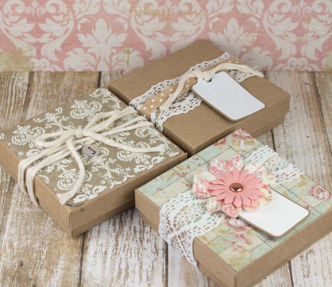 impachetare cadouri la pravalia cu surprize