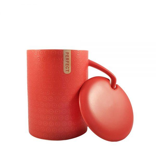 Cana ceramica rosie Perfect cu capac
