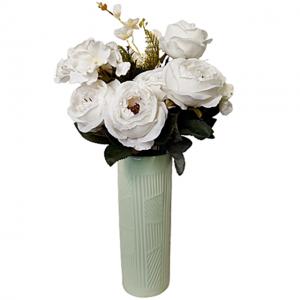 Buchet trandafiri artificiali albi Amelie 45cm