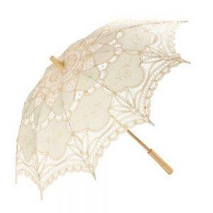 Umbrela dantela crem Princess maner lemn