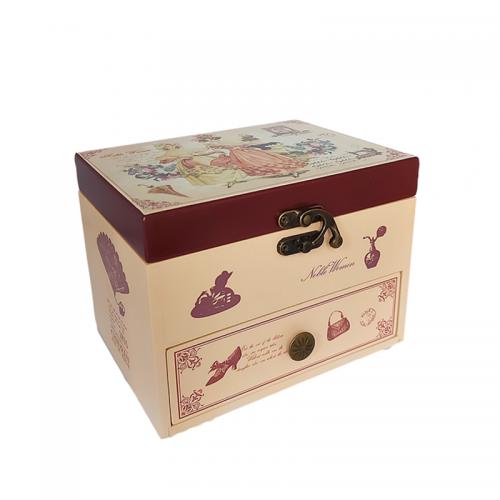 Cutie bijuterii muzicala Belle Epoque lemn